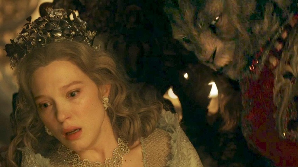 Vincent Cassel as the Beast and Léa Seydoux as Belle La Belle et la Bete 2014 picture image