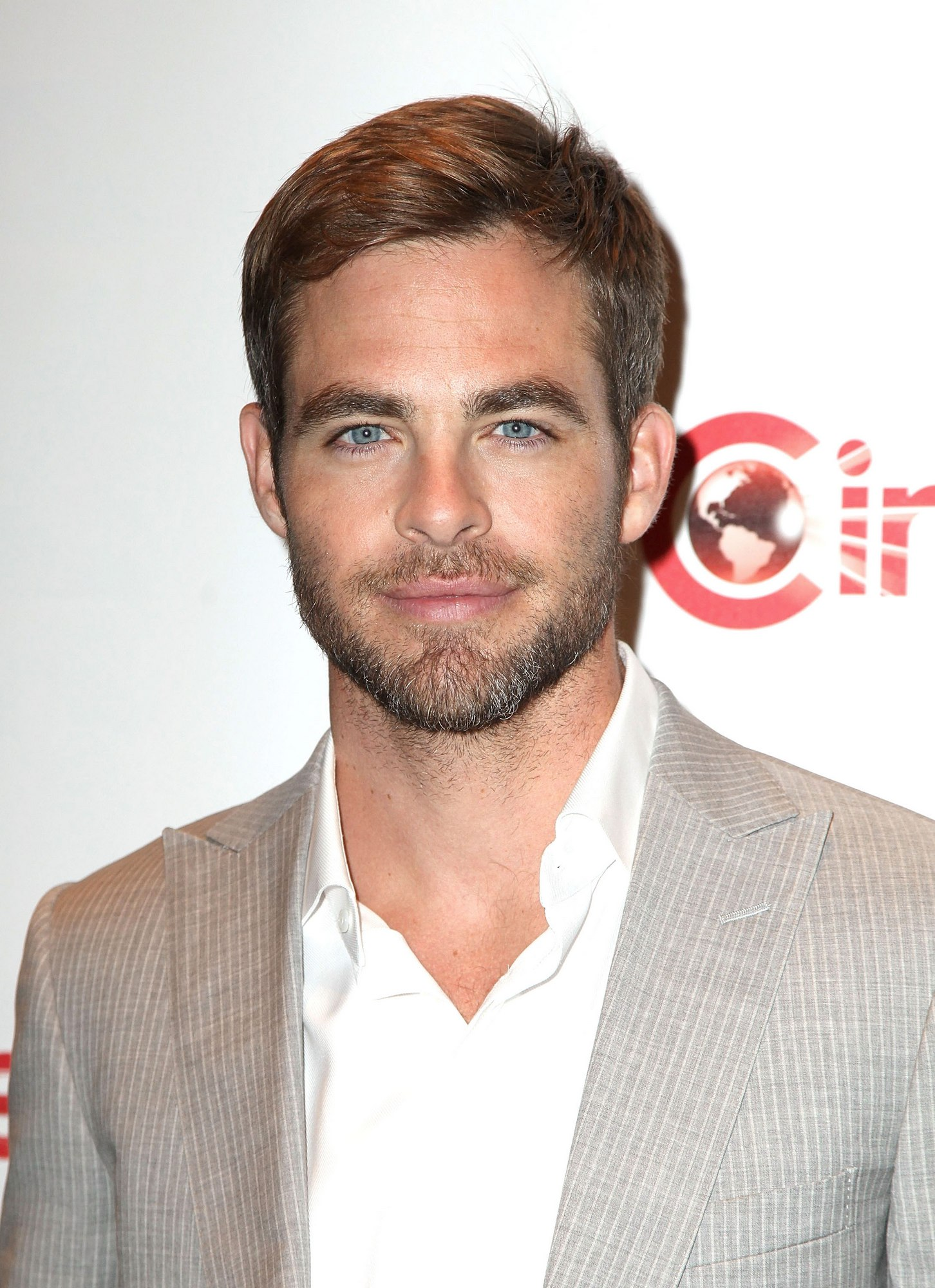 Chris Pine picture image