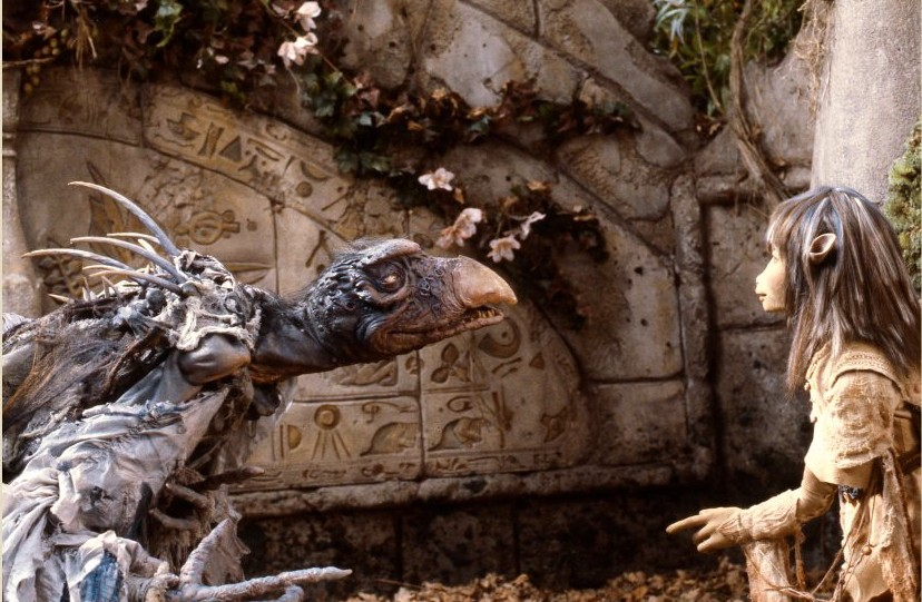 Jen with the Skeksis Chamberlain The Dark Crystal picture image