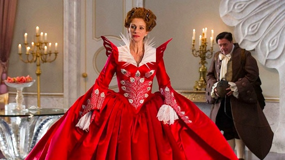 Julia Roberts as The Evil Queen Clementianna Mirror Mirror picture image