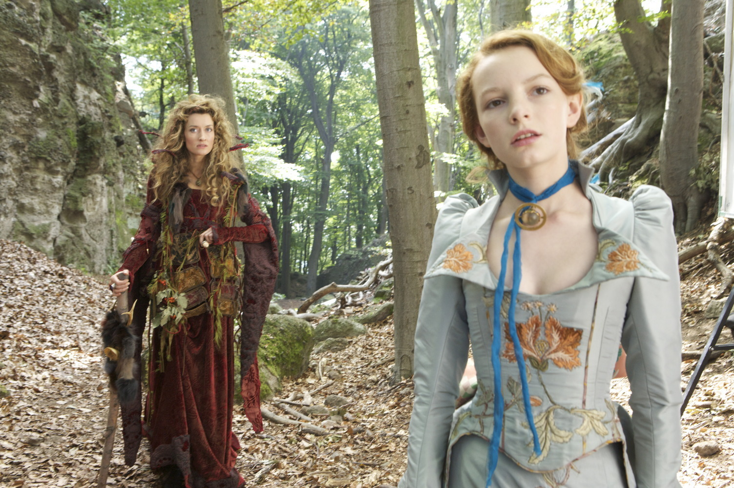 Dakota Blue Richards as Maria Merryweather & Natascha McElhone as Loveday de Noir The Secret of Moonacre picture image