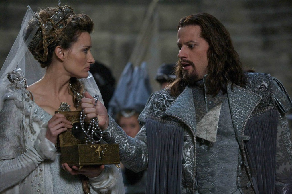Natascha McElhone as The Moon Princess & Ioan Gruffudd as Sir Wrolf Merryweather The Secret of Moonacre picture image