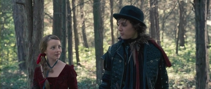 Dakota Blue Richards as Maria Merryweather & Augustus Prew as Robin de Noir The Secret of Moonacre picture image