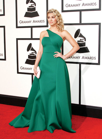 Tori Kelly wearing Gauri and Nanika at 2016 Grammy Awards picture image