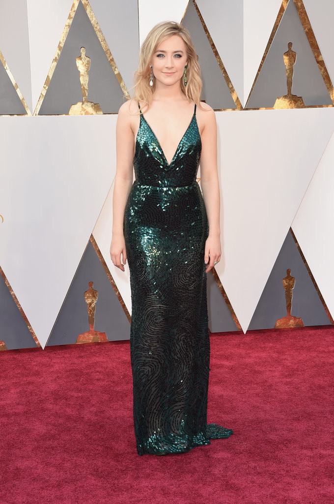 Saoirse Ronon wearing a custom Calvin Klein at 2016 Oscars Image Source: Getty / Jason Merritt picture