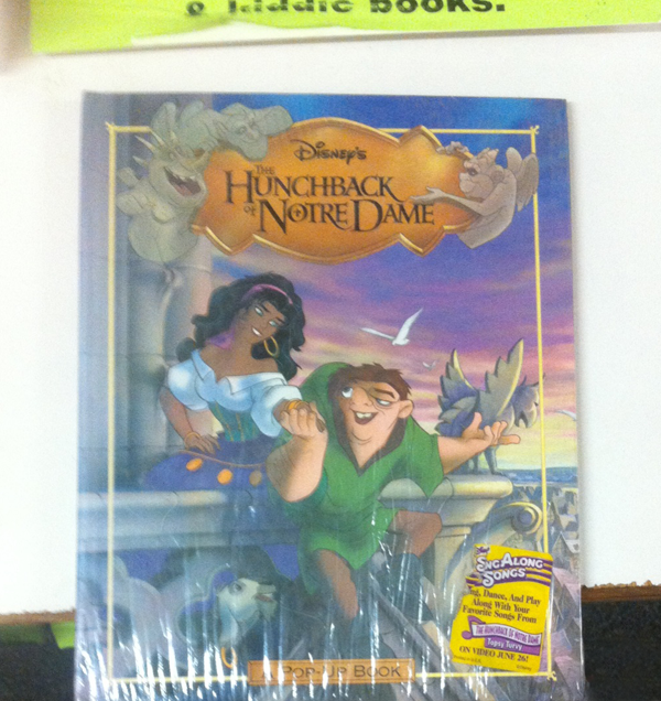 Pop-up Disney's Hunchback of Notre Dame Book picture image