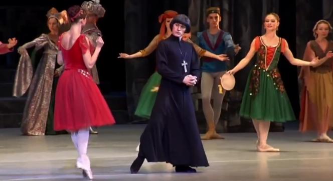 Frollo and Esmeralda, La Esmeralda, Kremlin Ballet Company, Moscow picture image