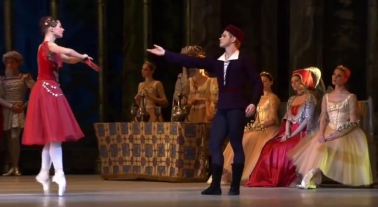 Alexandra Timofeeva as Esmeralda & Gringoire, La Esmeralda Bellet, Kremlin Ballet Company, Moscow picture image