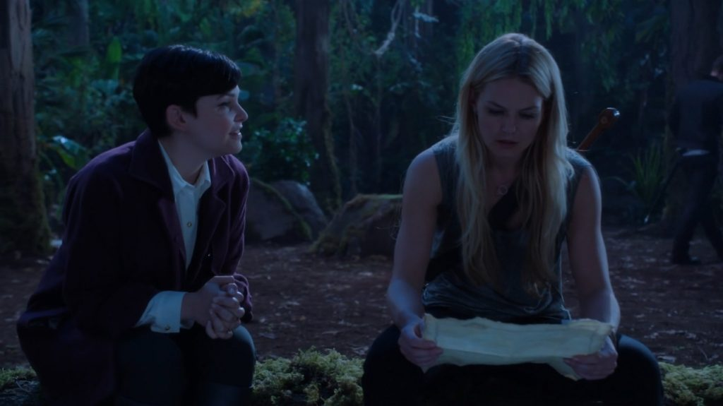 Ginnifer Goodwin as Snow White & Jennifer Morrison as Emma Swan ABCs Once Upon a Time Season 3 Episode 02, Lost Girl Picture image