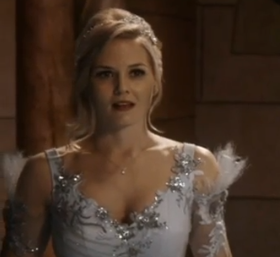 Jennifer Morrison as Princess Emma Swan picture image
