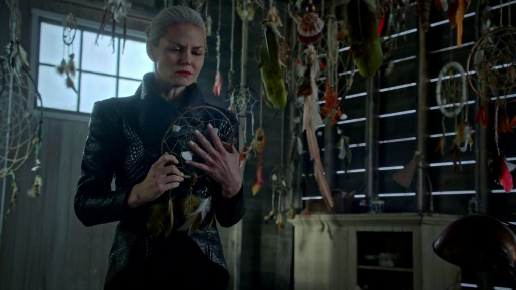Jennifer Morrison as Emma Swan Once Upon a Time Season 5 Episode 5 Dreamcatcher picture image
