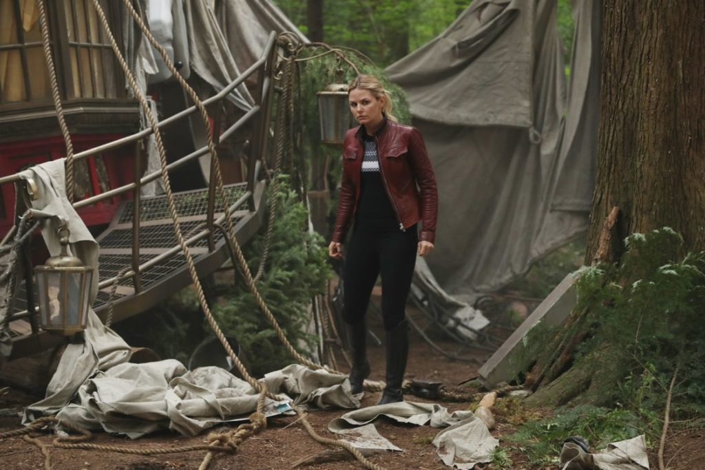 Jennifer Morrison as Emma Swan Once Upon a Time Season 6 Episode 1 The Savior Jennifer Morrison as Emma Swan picture image