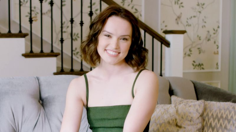 Daisy Ridley picture image