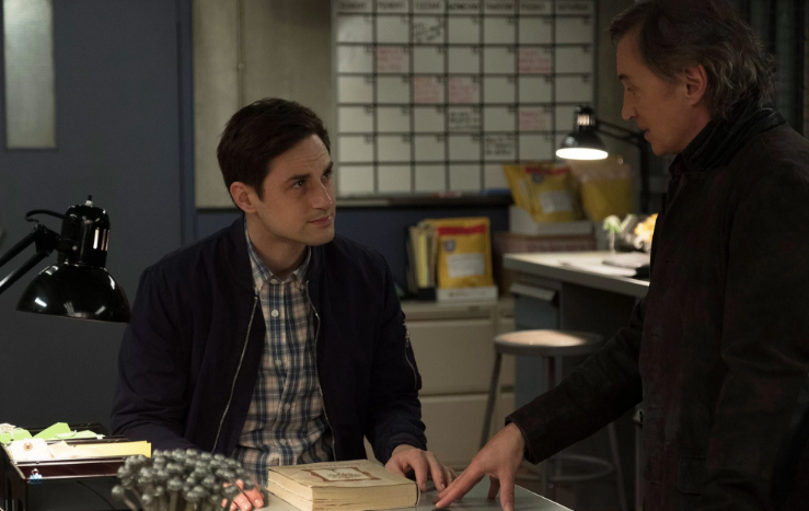 Andrew J. West as Henry Mills & Robert Carlyle as Weaver Once Upon a Time Season 7 episode 16 Breadcrumbs picture image