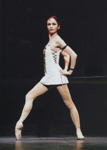 Isabelle Guerin as Esmeralda Roland Petit Notre Dame de Paris picture image