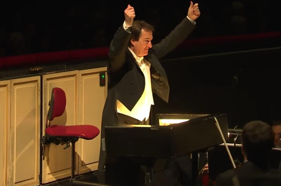Paul Connelly, Conductor for the 2013 performance of Roland Petit's Notre Dame de Paris. picture image